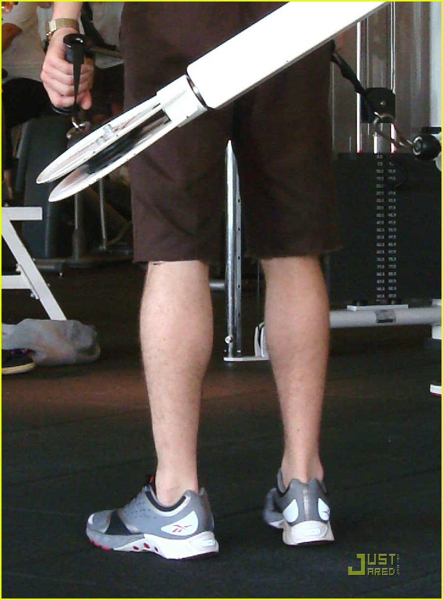 ryan gosling working out 07