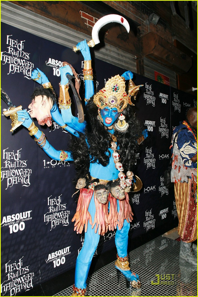 heidi klum blue indian goddess halloween 04