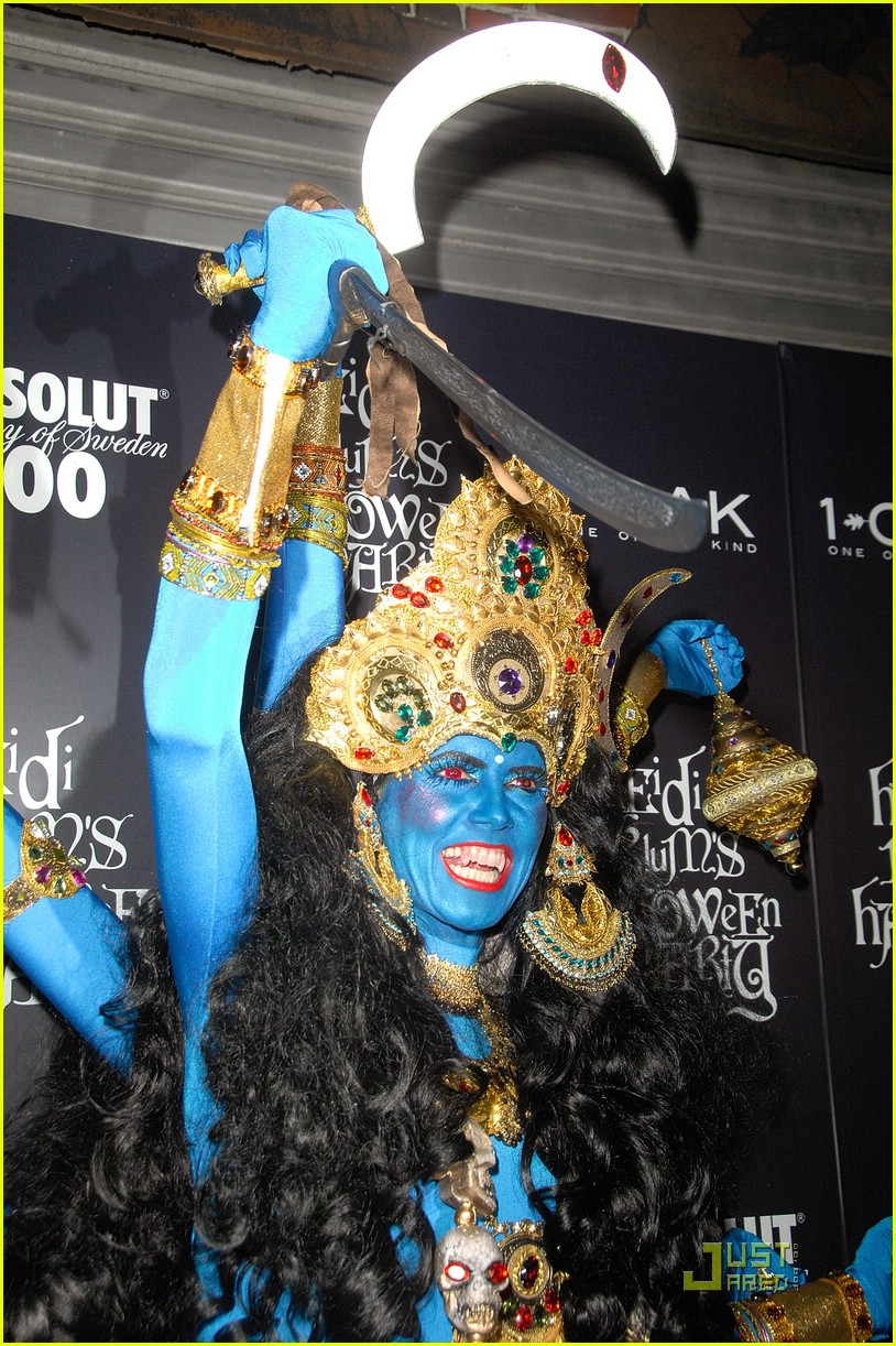 heidi klum blue indian goddess halloween 18