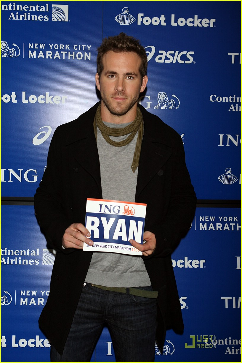 ryan reynolds nyc marathon 09