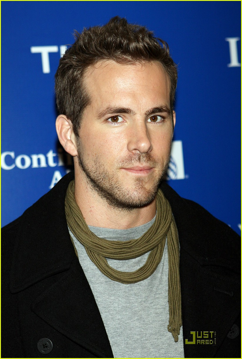 ryan reynolds nyc marathon 15