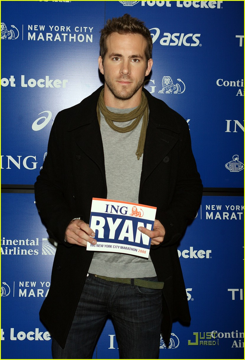 ryan reynolds nyc marathon 171522181