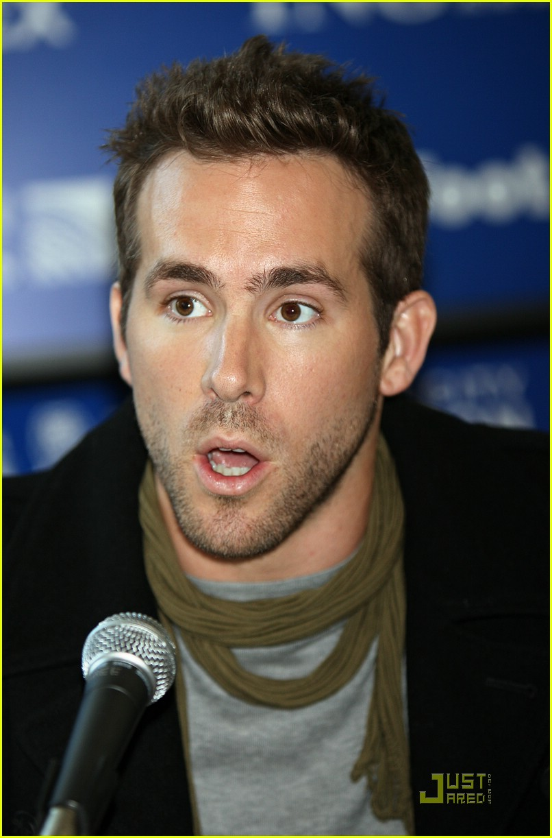 ryan reynolds nyc marathon 18