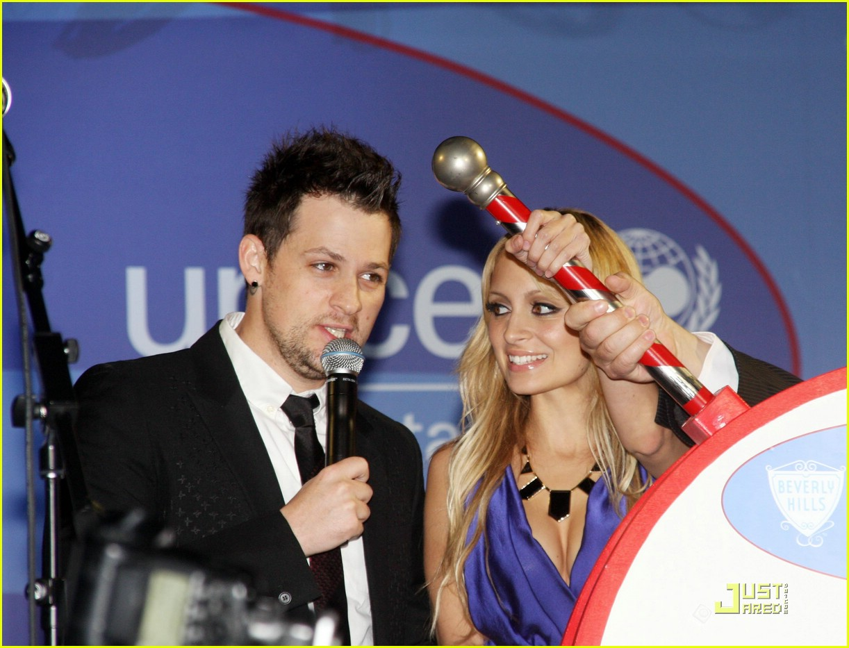 nicole richie unicef snowflake 26