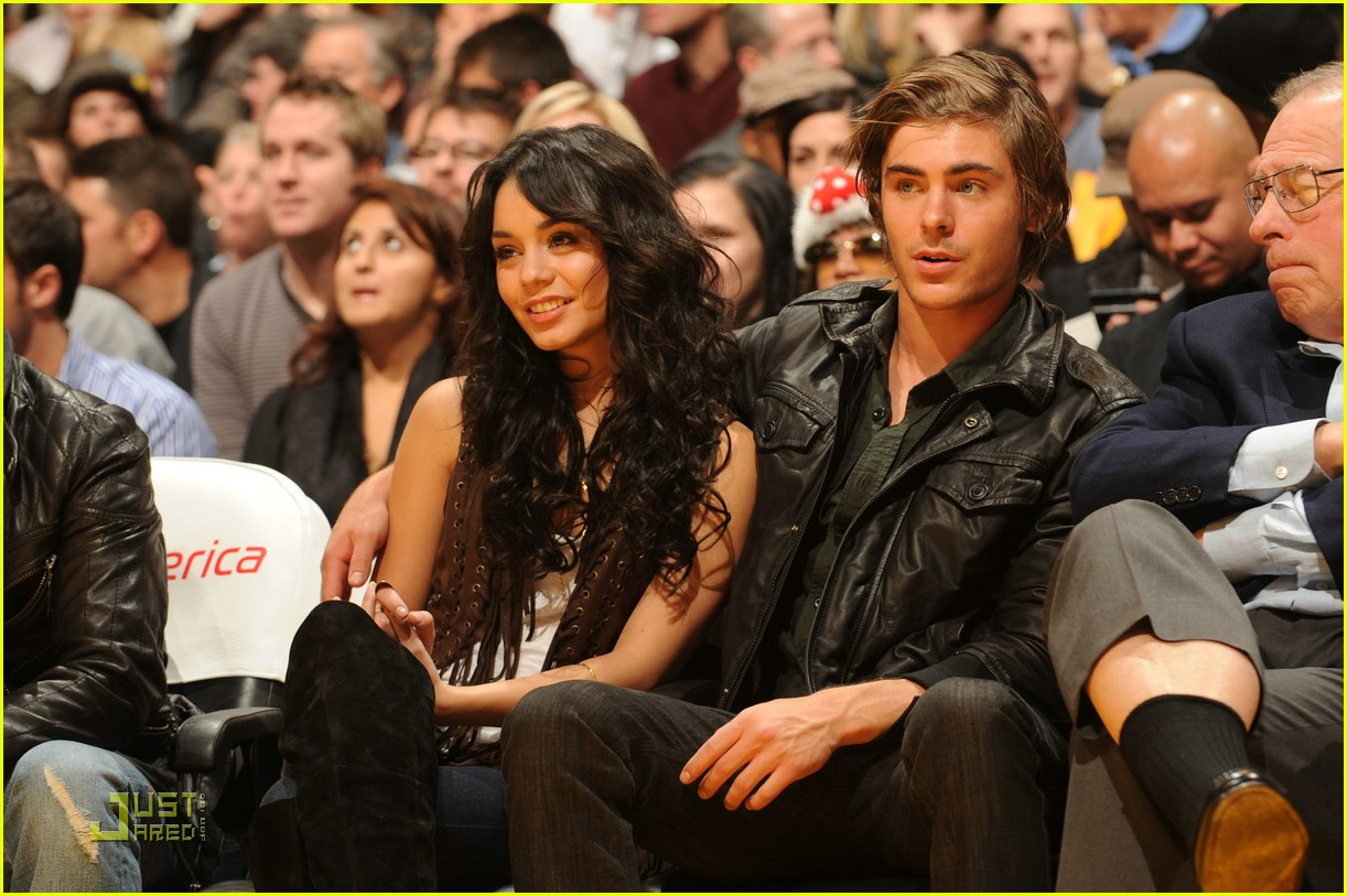 zac efron lakers love 06