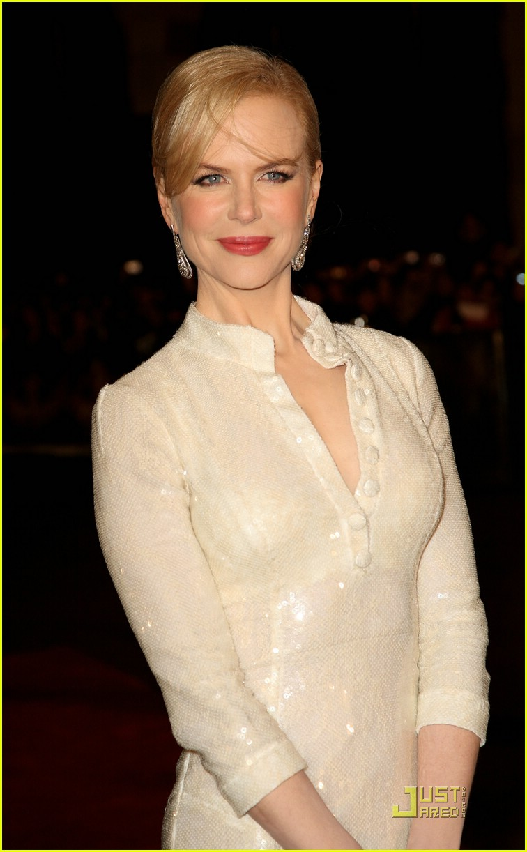 nicole kidman pictures with hot girls wallpaper