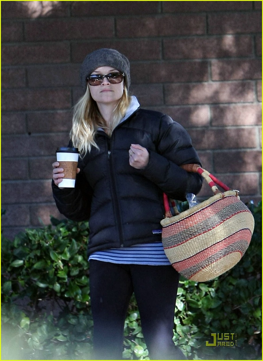 reese witherspoon jake gyllenhaal picnic 23