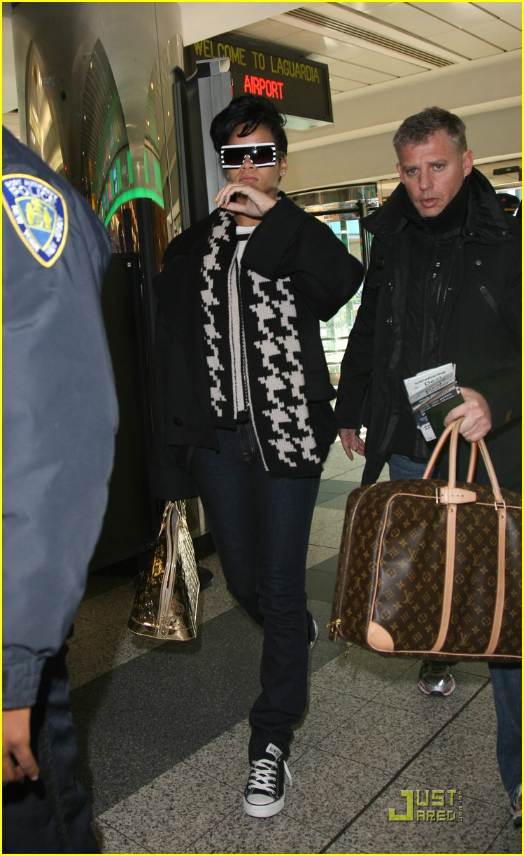 rihanna chris brown la guardia 11