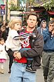 mark wahlberg santa claus 03