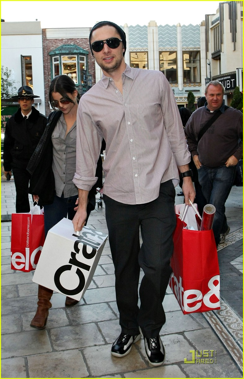zach braff shiri appleby crate and barrel 18