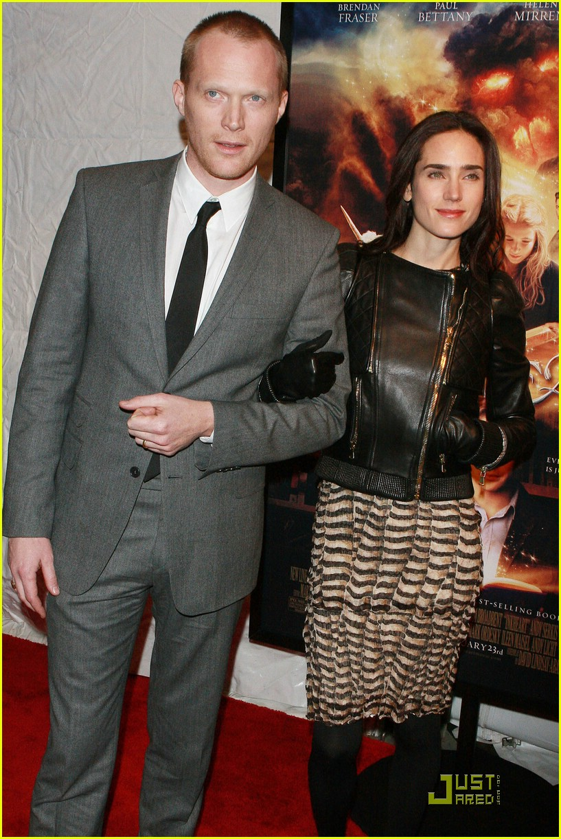 full sized photo of jennifer connelly paul bettany inkheart 05 photo 1657061 just jared. Black Bedroom Furniture Sets. Home Design Ideas