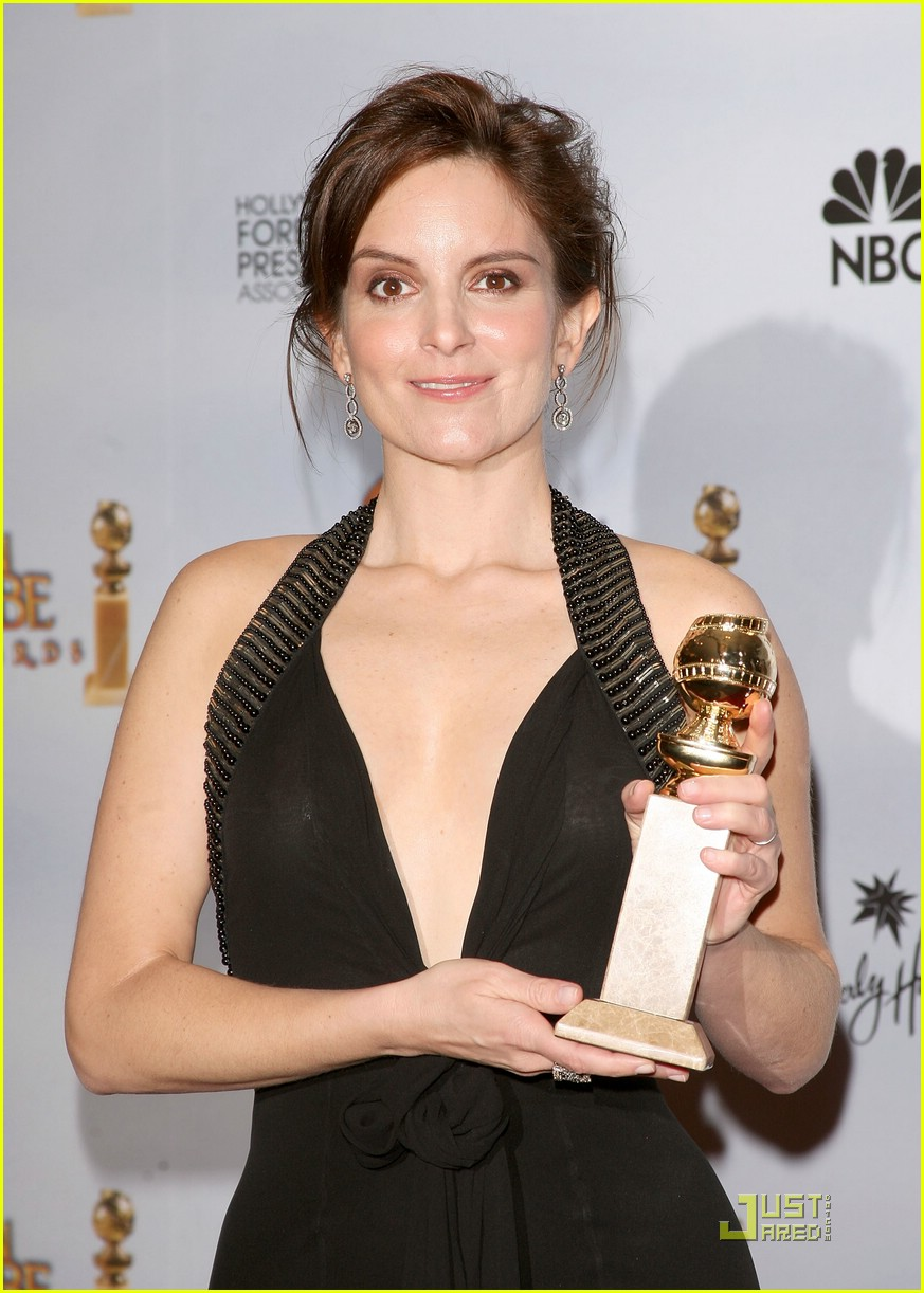 tina fey wins golden globe 24