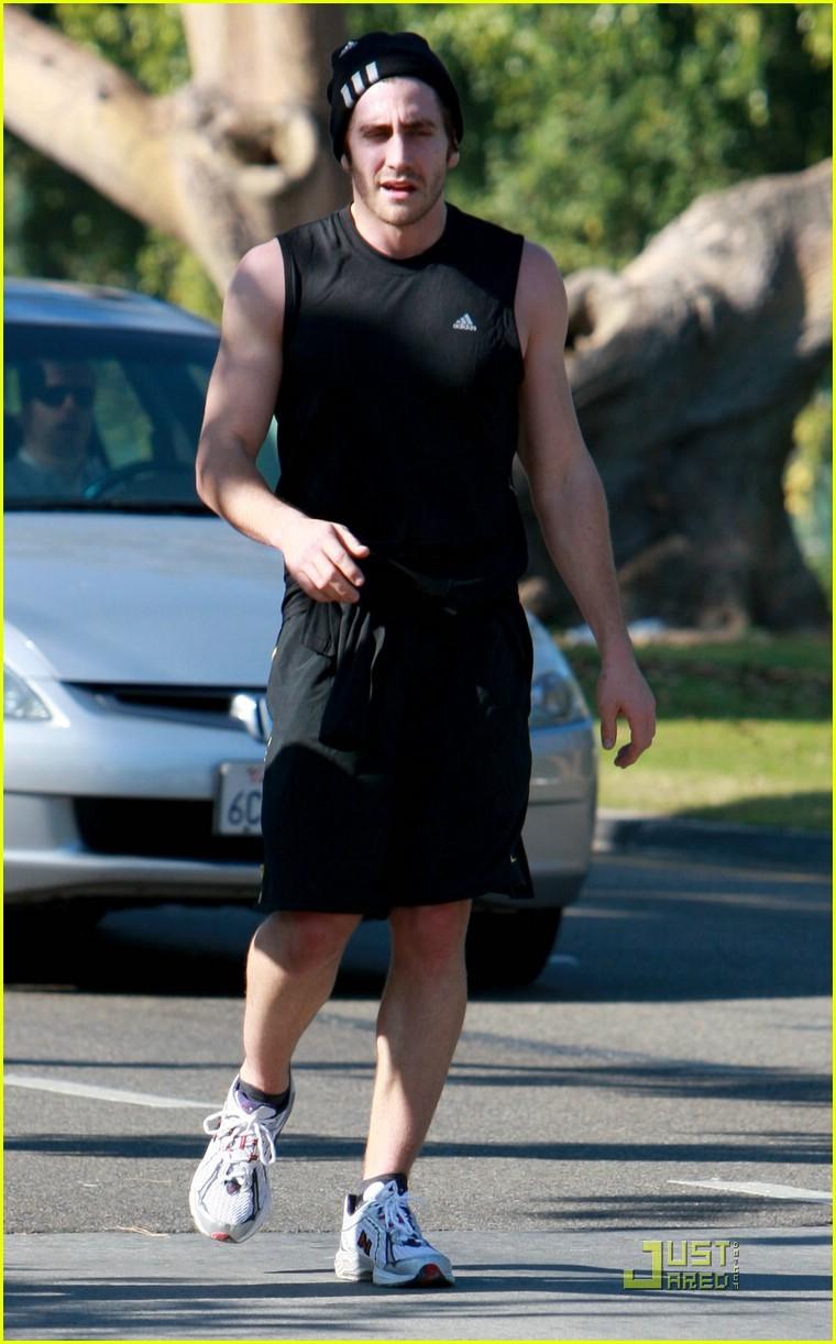 jake gyllenhaal running 12