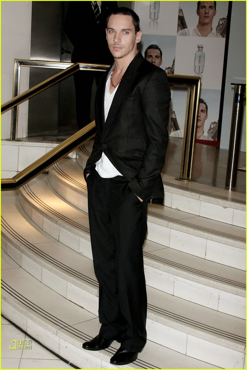 jonathan rhys meyers hugo boss 15