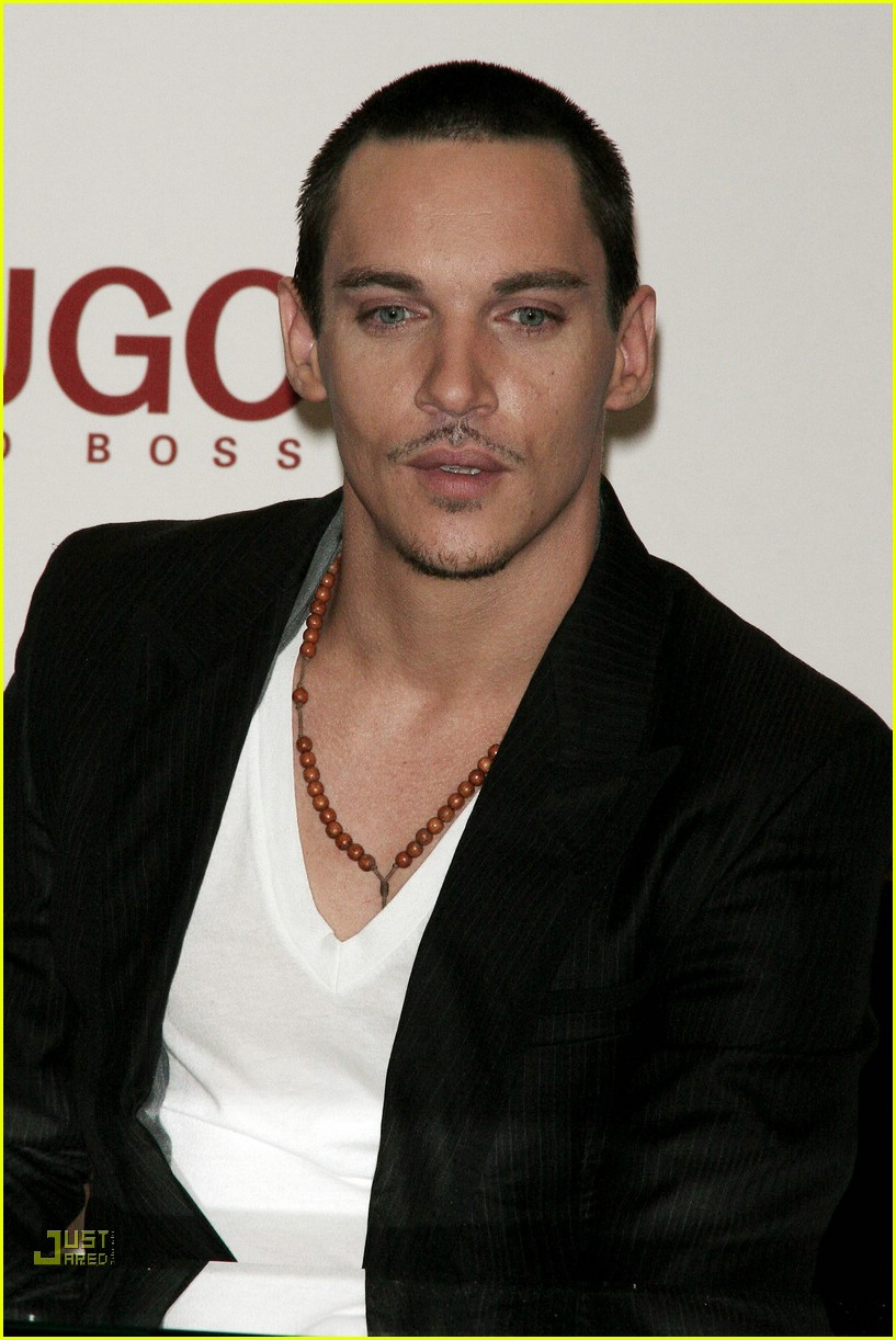 jonathan rhys meyers hugo boss 22