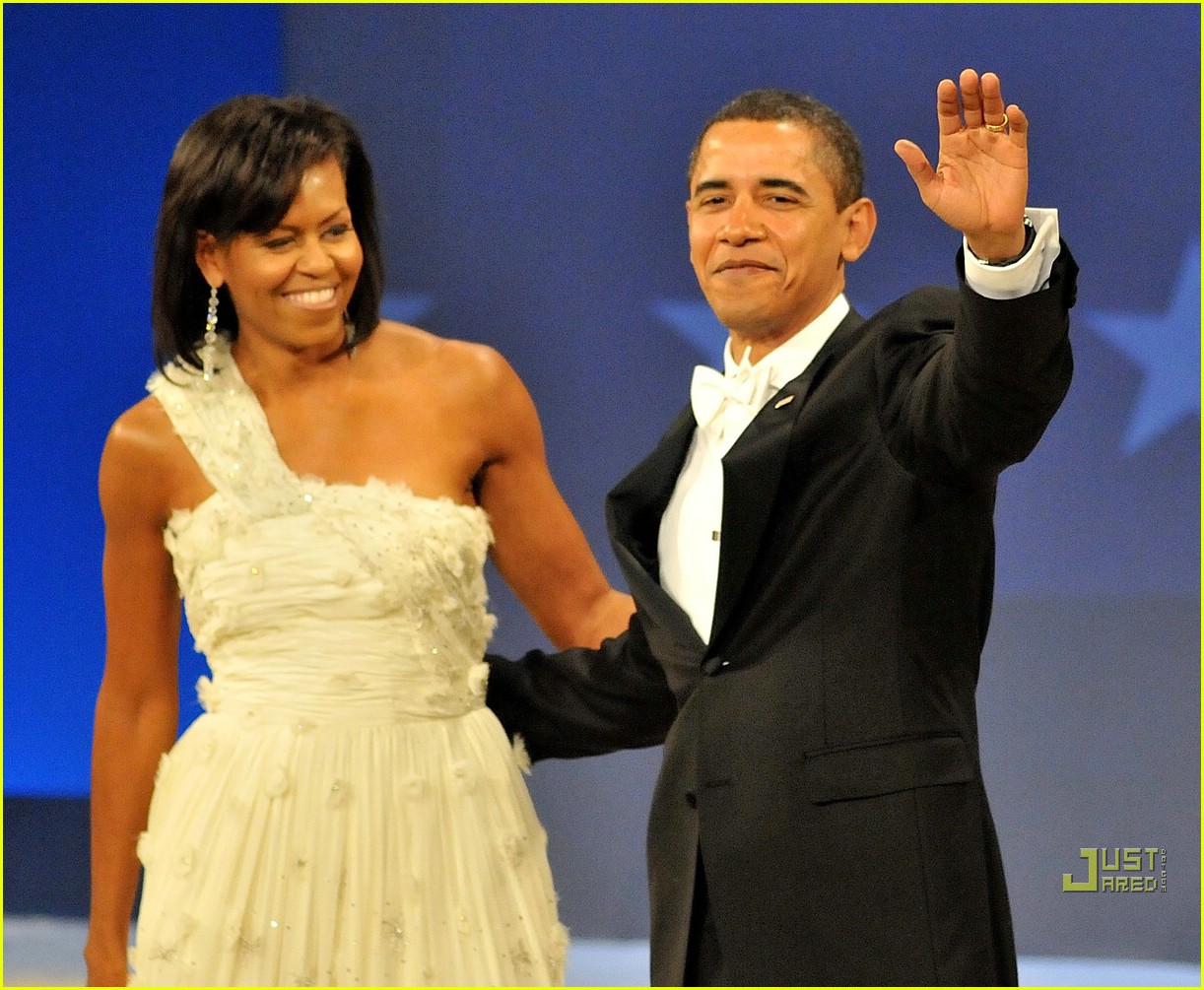 barack michelle obama inaugural dance 051668361