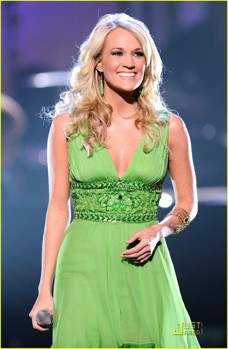 Carrie underwood is your favorite female singer photo 1637051 carrie underwood is your favorite female singer junglespirit Gallery