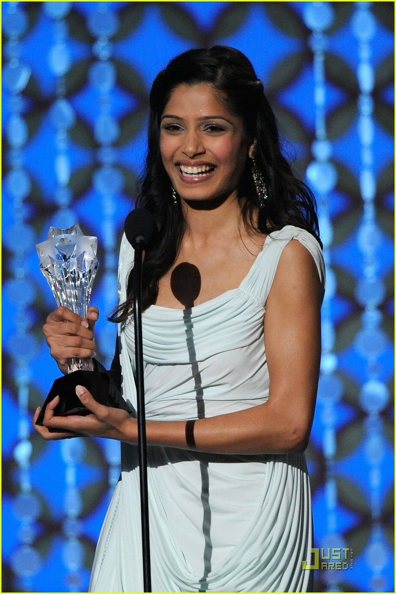 Freida Pinto Sweeps 2009 Critics' Choice Awards Freida Pinto