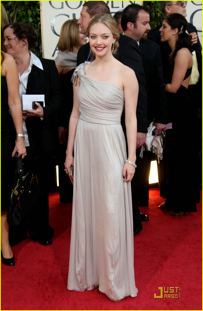 amanda seyfried dominic cooper golden globes 2009 10