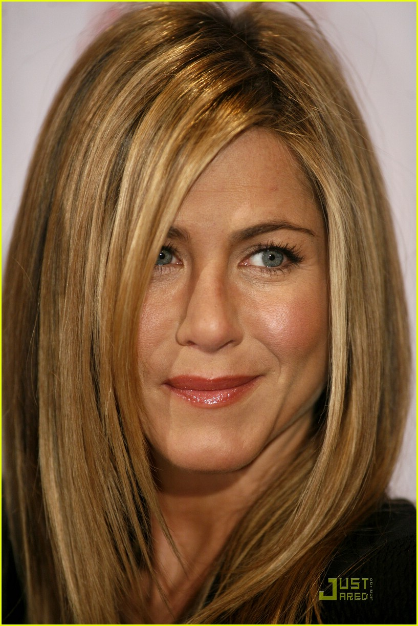 jennifer aniston cologne germany 07