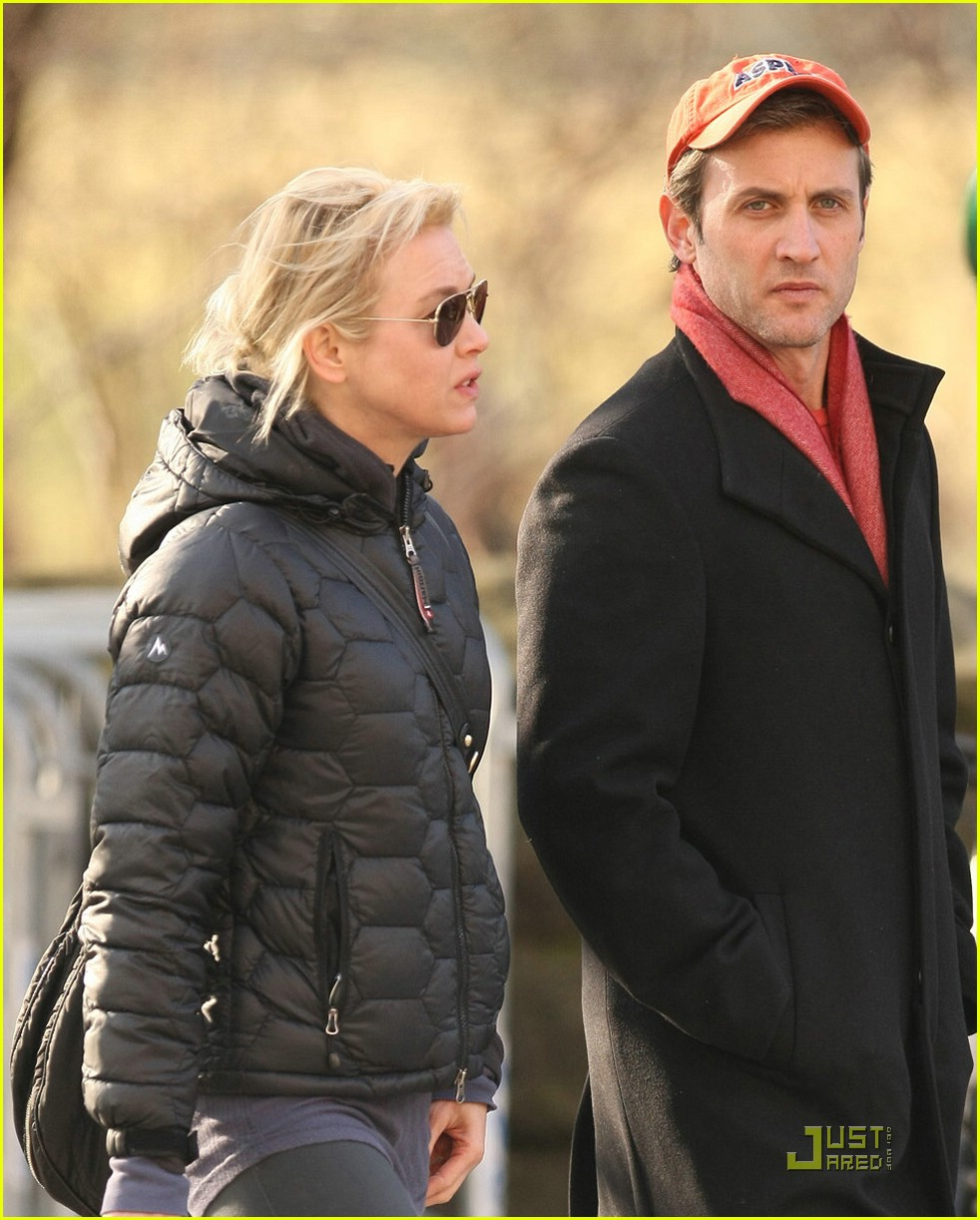 renee zellweger dan abrams couple 05