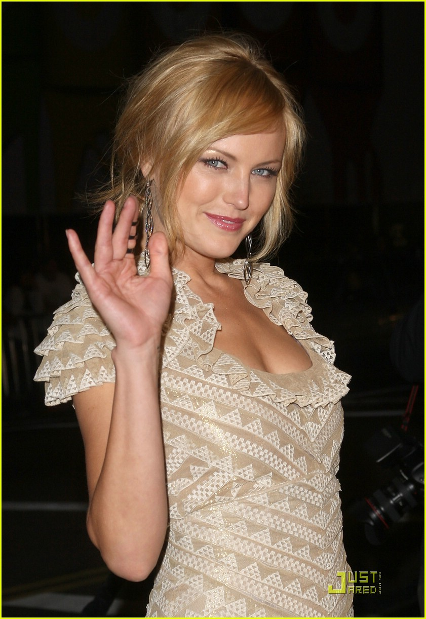 malin akerman watchmen premiere 05