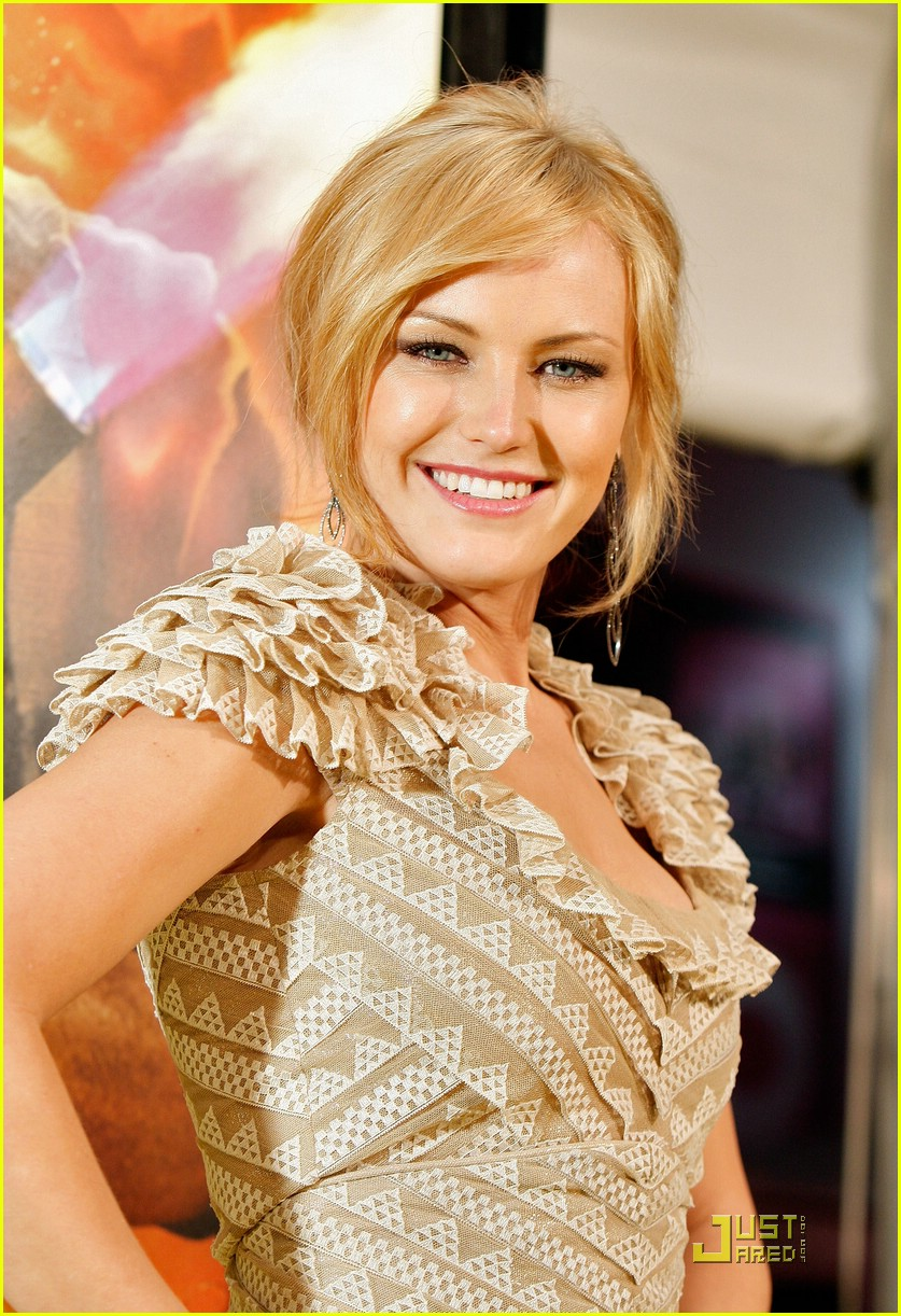 malin akerman watchmen premiere 47