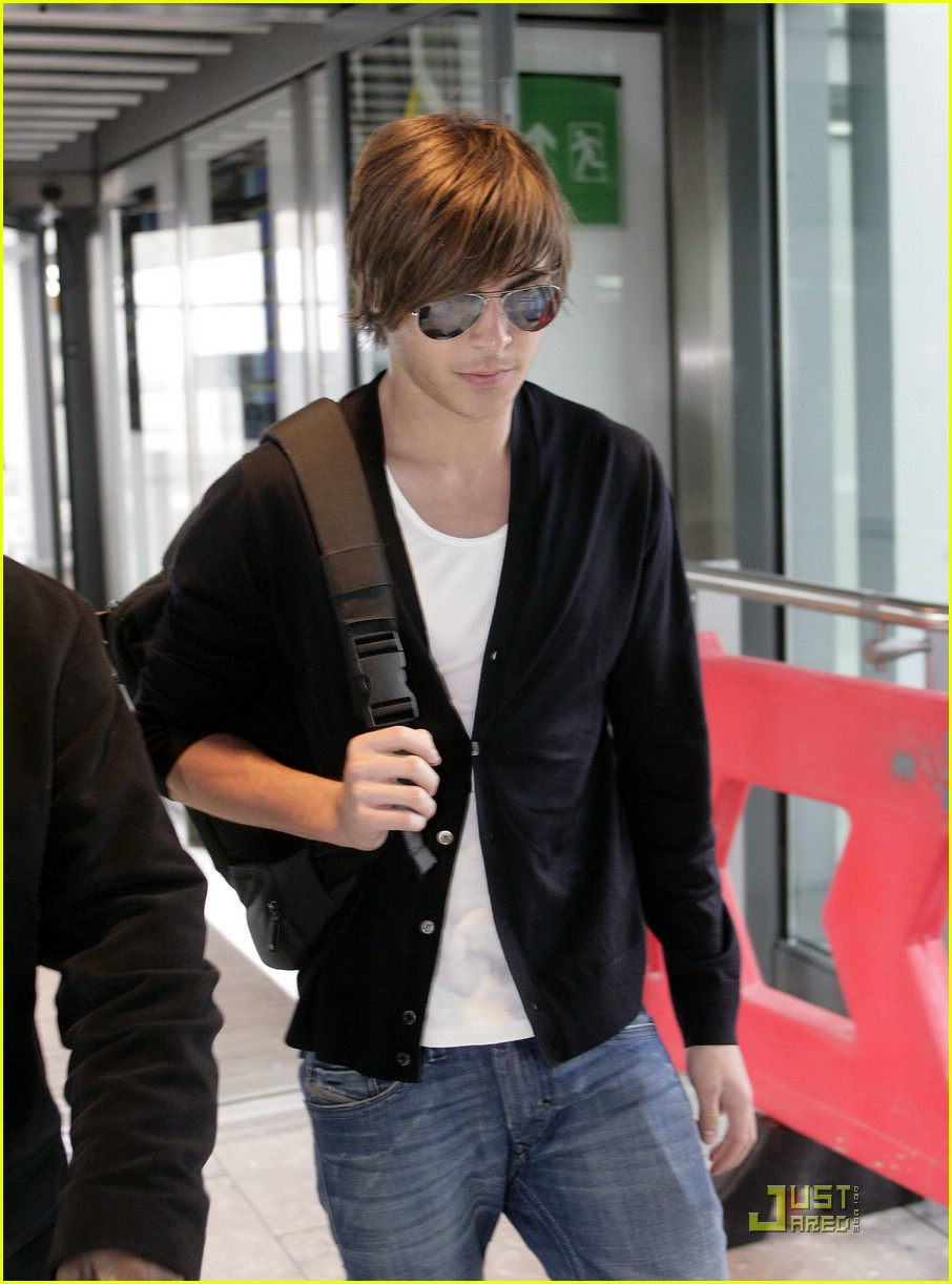 zac efron leaves london 09