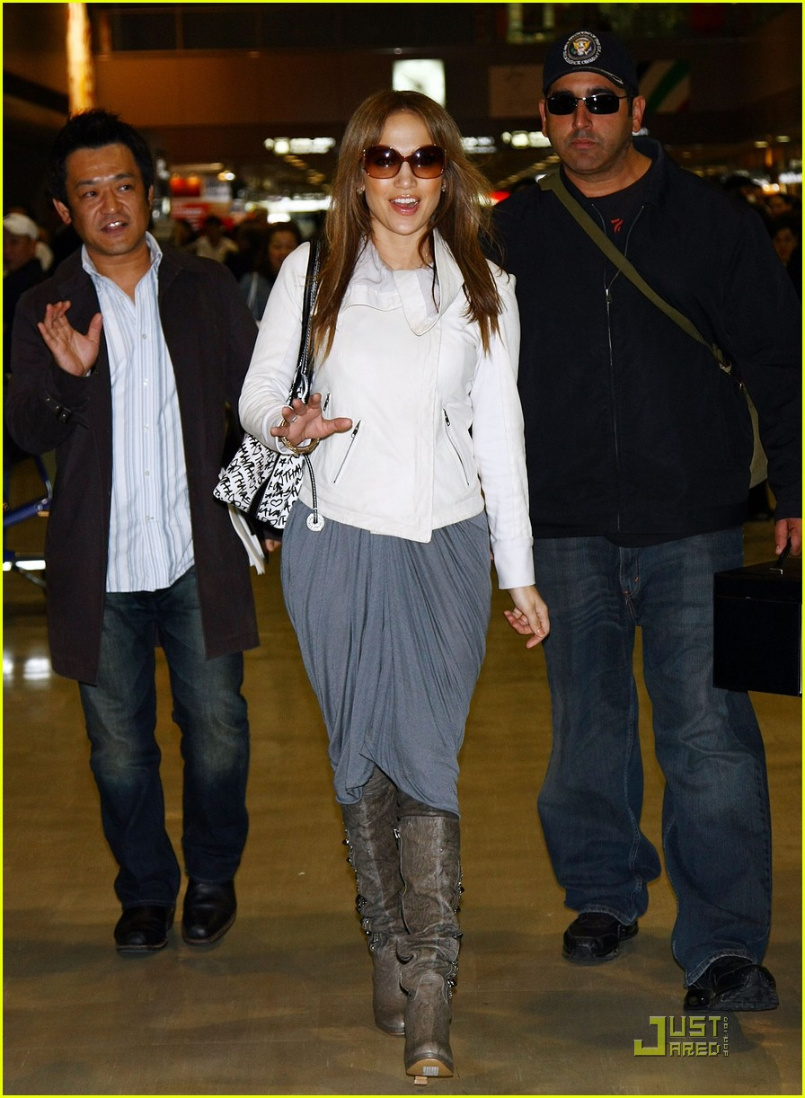 jennifer lopez japan 081815081