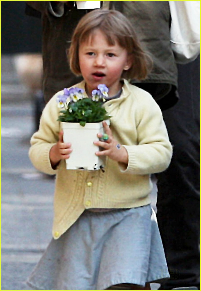 matilda ledger flower girl 05