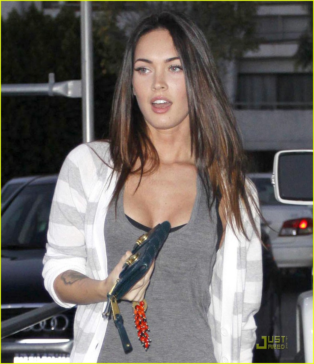 megan fox ivy by the shore 19