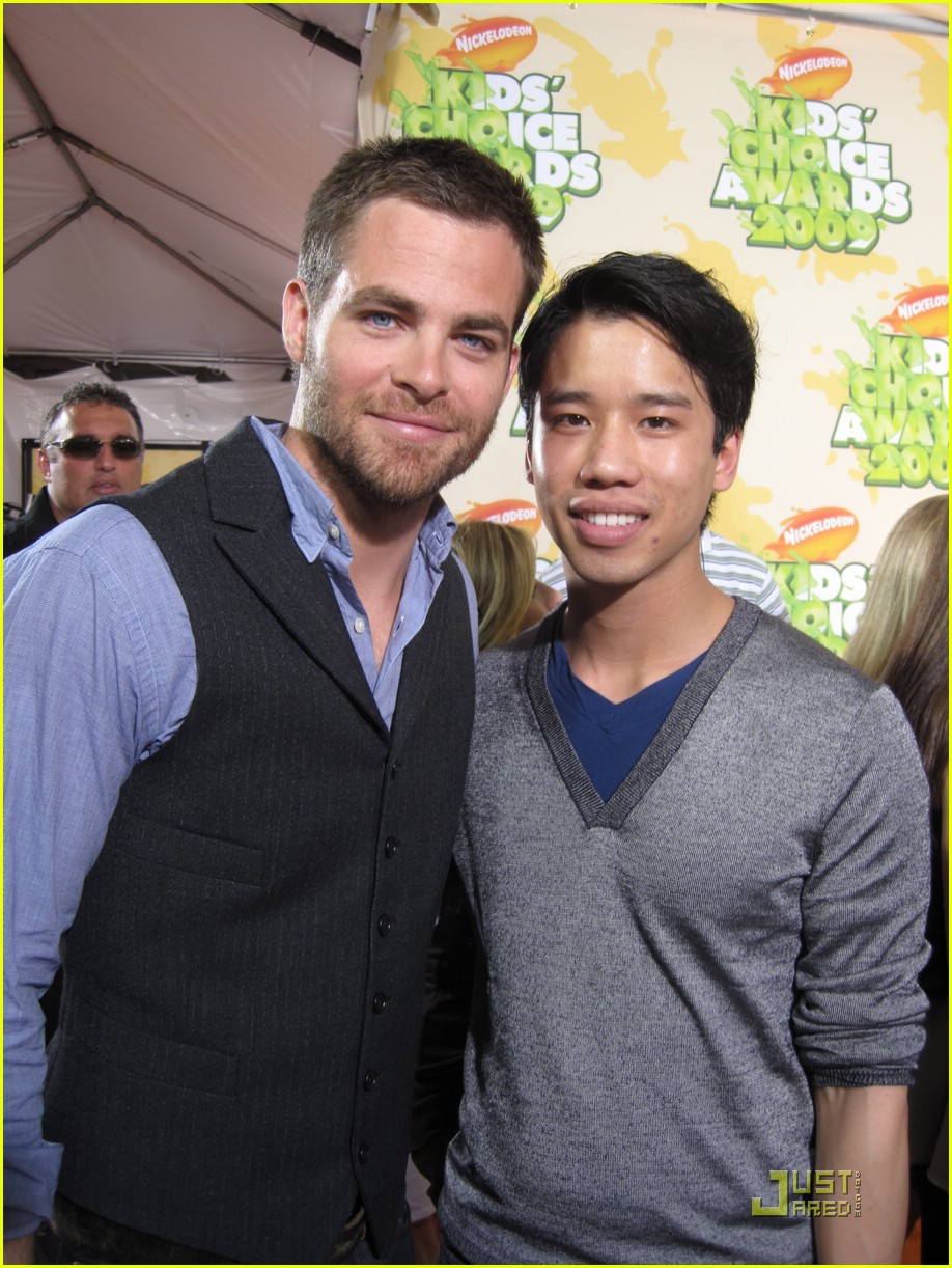 chris pine nickelodeon kids choice awards 01