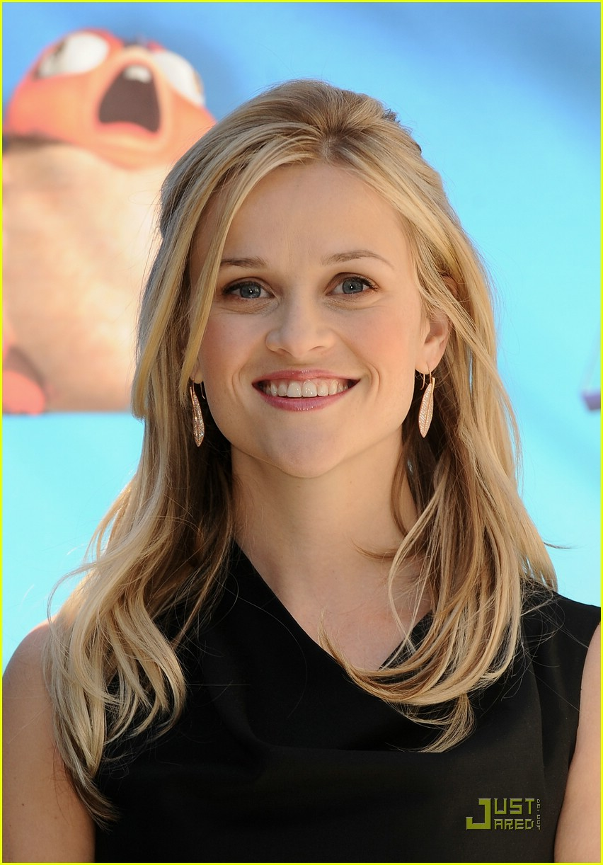 reese witherspoon spain 041785491