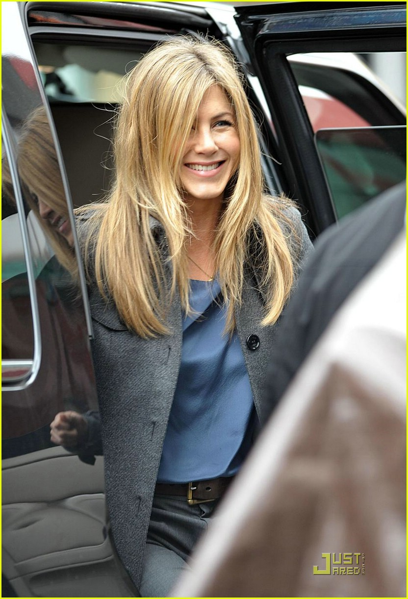 jennifer aniston boots baster 10