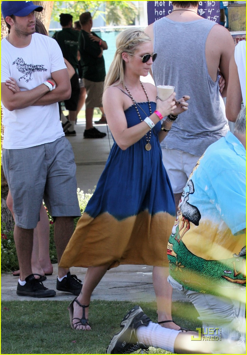 brittany snow ryan rottman coachella 05