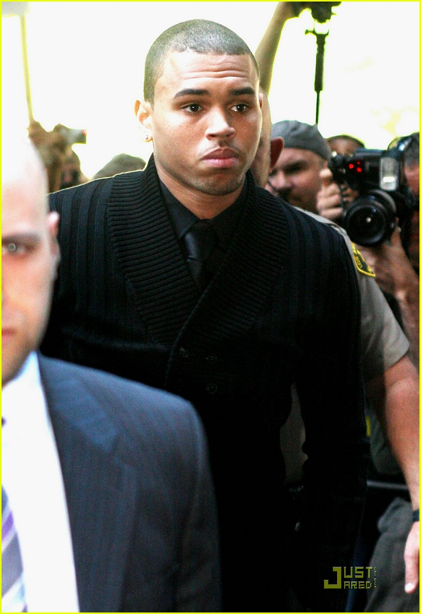 chris brown pleads not guilty 23