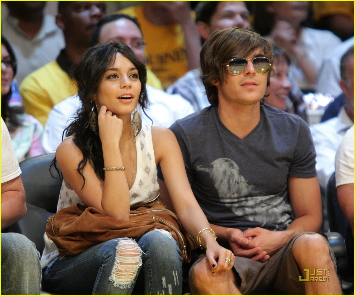 zac efron vanessa hudgens lakers 35