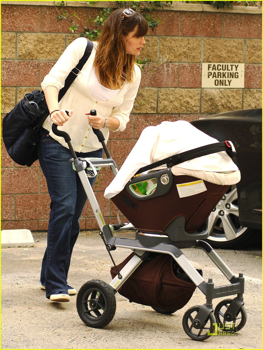 jennifer garner save the children 38