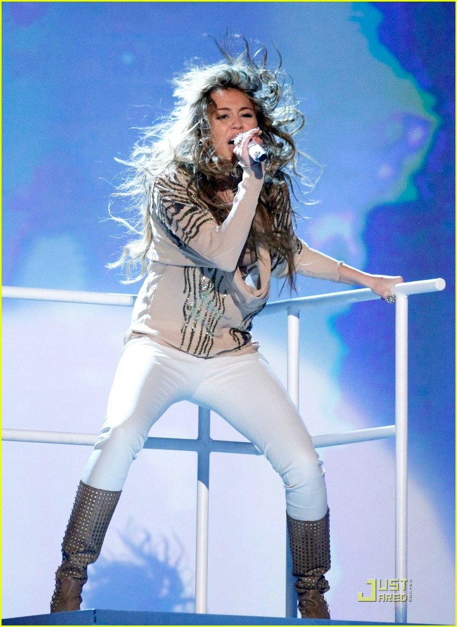 Full Sized Photo of miley cyrus acms 2009 01 | Photo ...