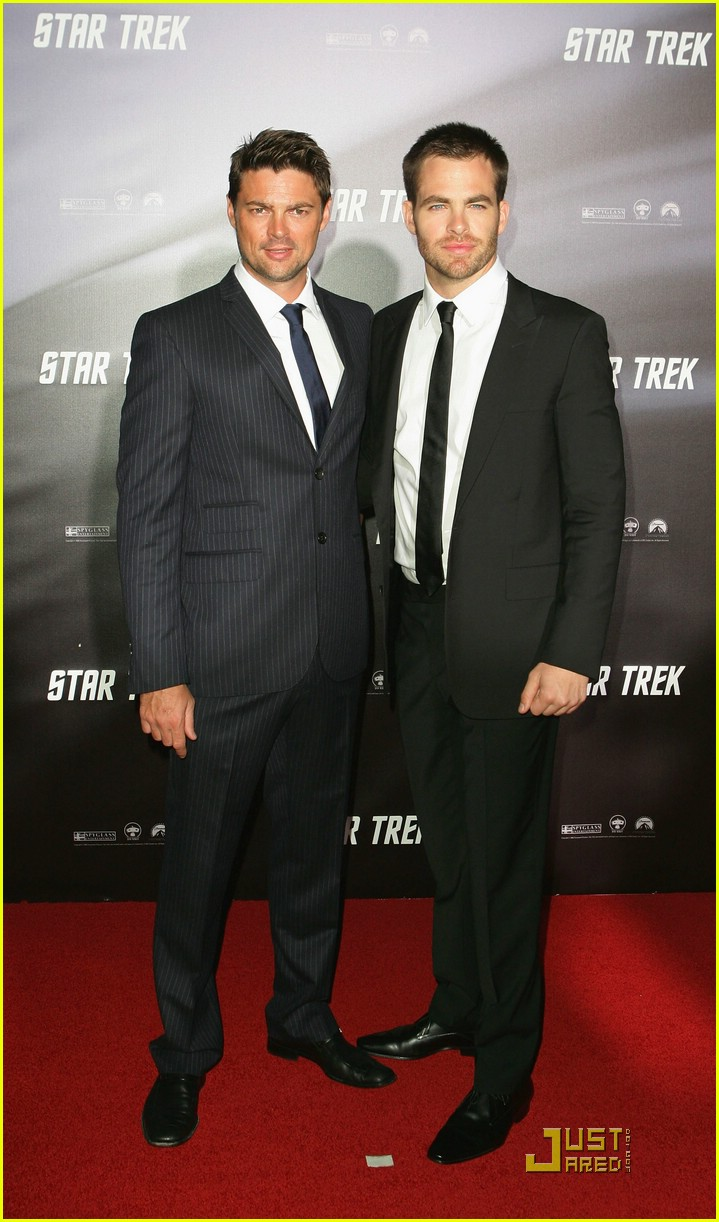 chris pine zachary quinto star trek world premiere 091840021