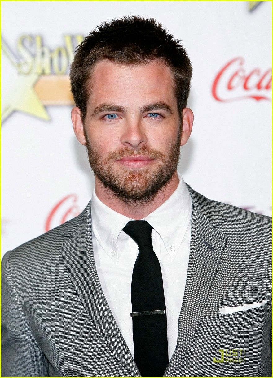 chris pine showest male star of tomorrow 07