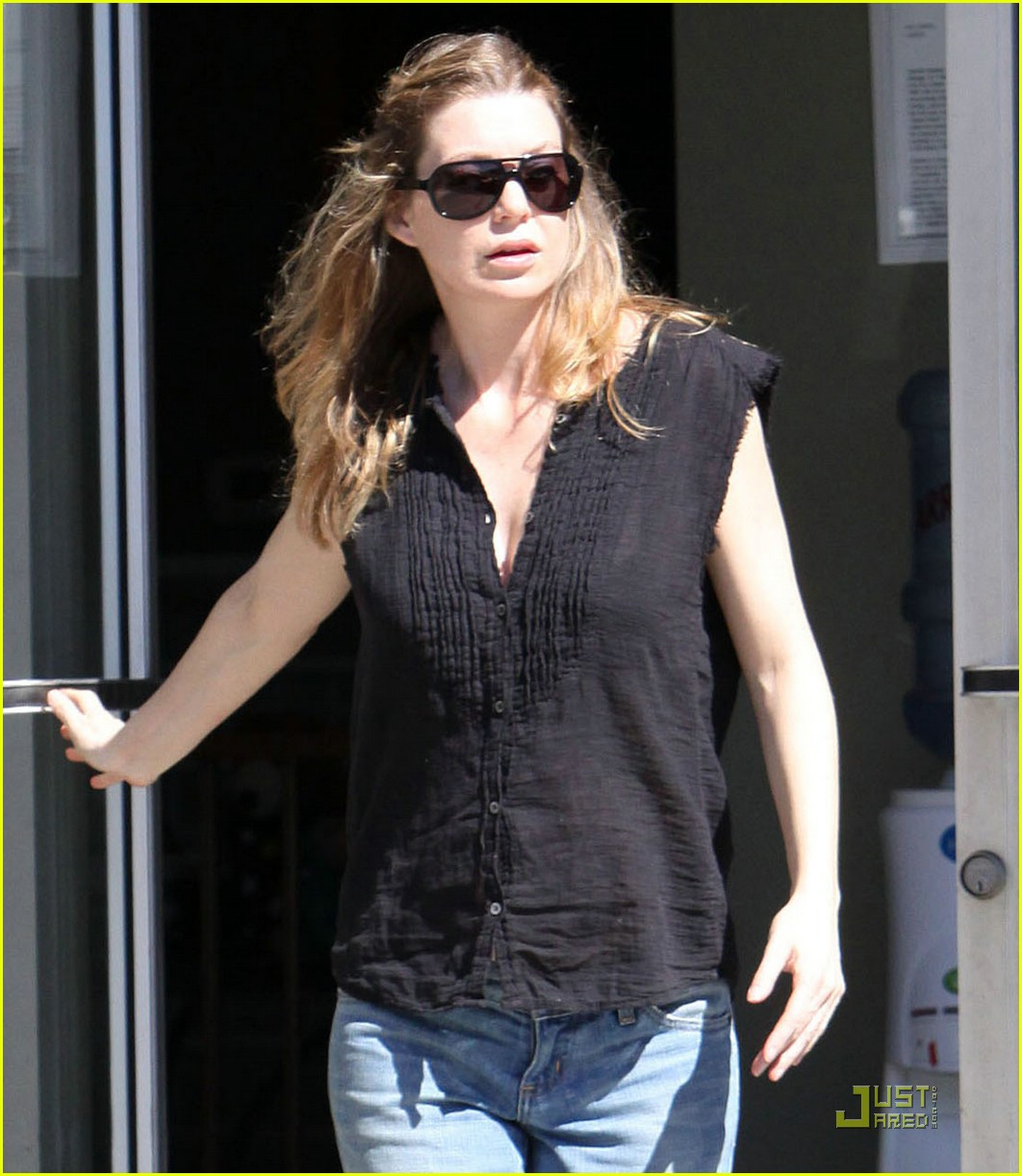 ellen pompeo tail washers 09