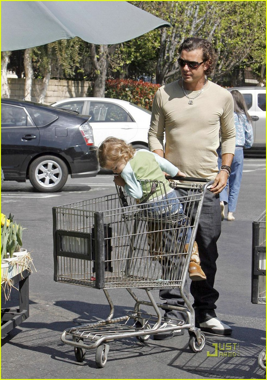 gwen stefani whole foods gavin rossdale 06