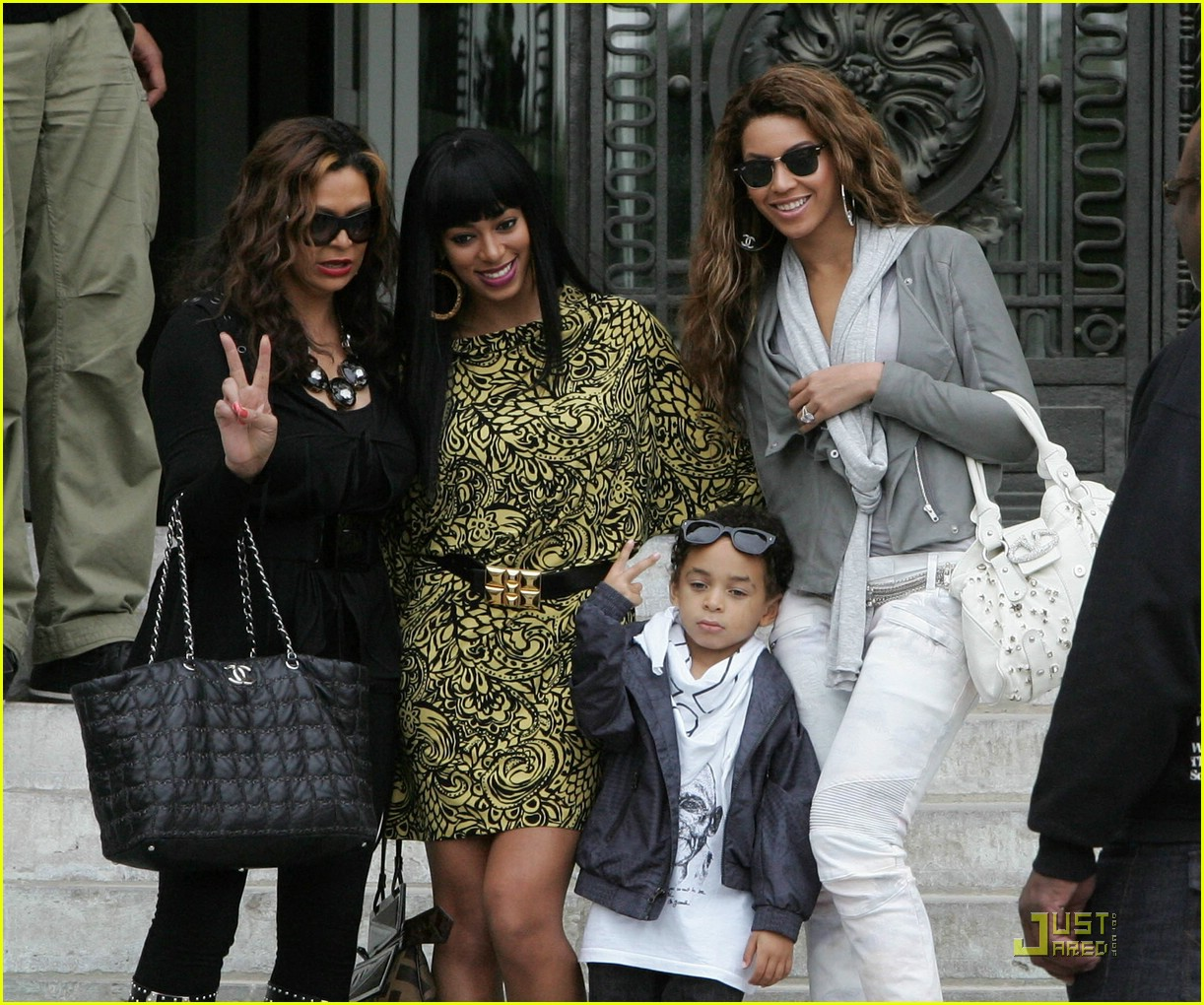beyonce solange knowles paris 03