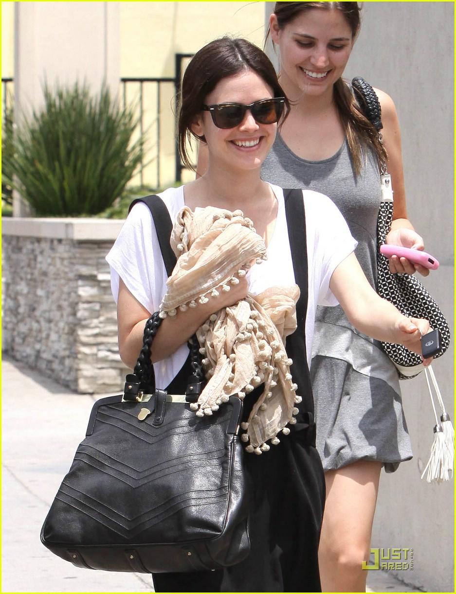 rachel bilson jumper joy 11