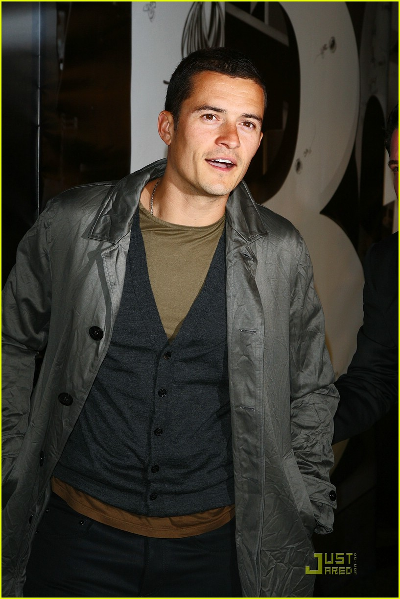 orlando bloom burberry day 13