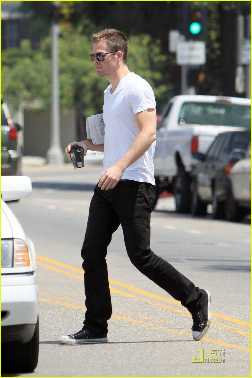 chris pine coffee 21