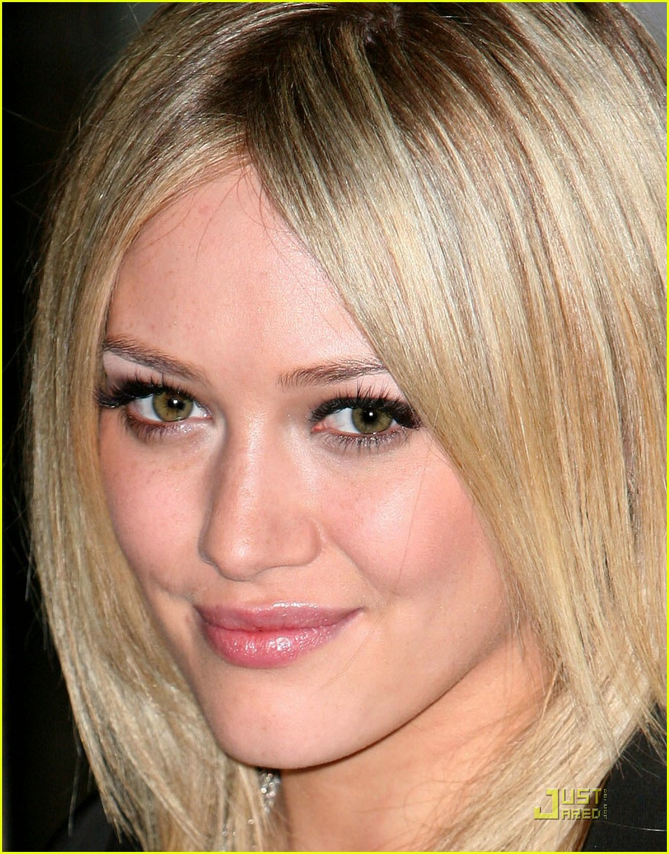 hilary duff flips the switch 041920551