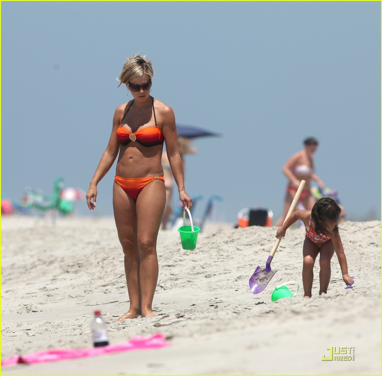 kate gosselin bikini 11 kate gosselin bikini 11. Jon & Kate Plus 8 mom Kate Gosselin and bodyguard ...