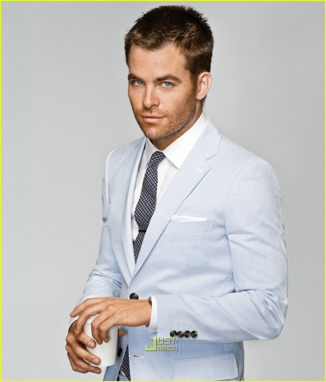 chris pine gq summer suits 01